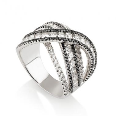 טבעת יהלומים מיוחדת- Special Twist B&W