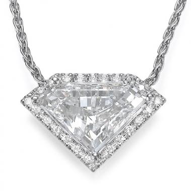 תליון יהלומים יוקרתי- Royal Shield